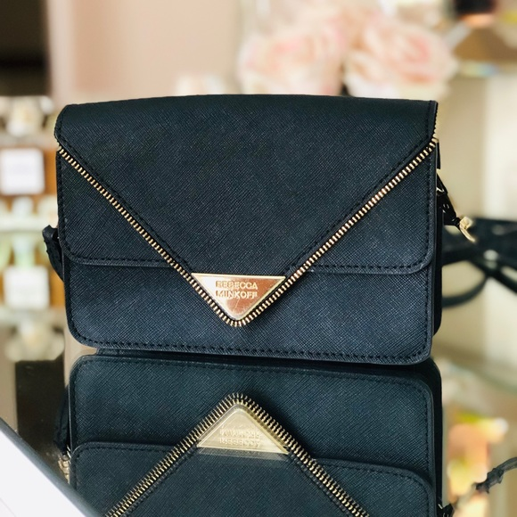 Rebecca Minkoff Handbags - Rebecca Minkoff Crossbody -Black